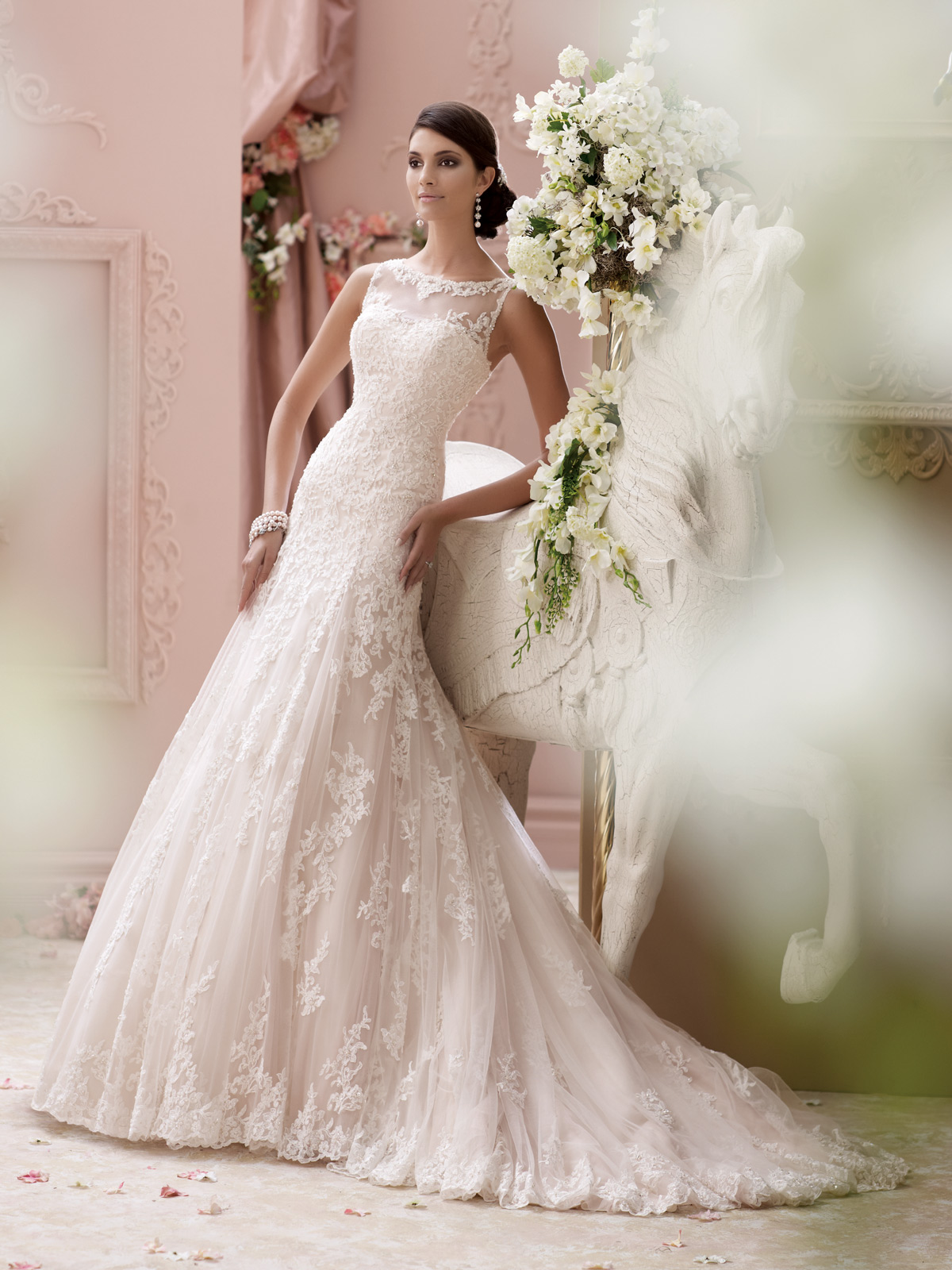 Home fiona todhunter bridals dublin featured gowns hand picked by our team ombrellifo Choice Image